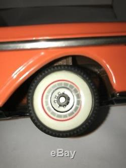 1958 Ford Fairlane 2-Door Stationwagon Tin Lithograph Car (With Friction)