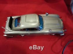 1965 Gilbert James Bond 007 Aston Martin DB5 battery operated car