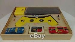 1972 Sears 4-On-The-Floor Funny Car Drag Strip With 2 Dodge Challenger Slot Cars