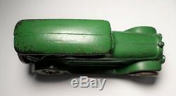 A. C. Williams Cast Iron Green Lincoln Touring Car 6 1/2