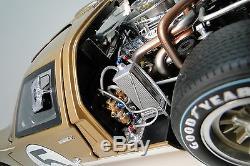 A Racer GT40 Ford Race Sport Car Vintage GT 1 12 Gold T 18 1967 Metal 23 Model