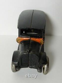 ANTIQUE ARCADE YELLOW CAB BLACK ORANGE No 8 CAST IRON TOY CAR