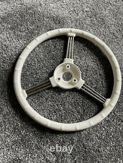Austin J40 Pedal Car & Pathfinder Classic steering wheel In Old English White
