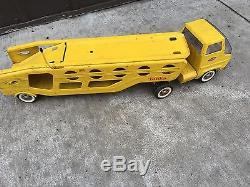 BS7 Vintage 1960's Tonka Car Carrier Hauler Yellow Pressed Metal Toy Mound, Minn