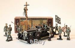 Car of the FUHRER with Lead Elastolin figures and The War Toys Book
