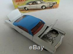 Dinky Toys 004 Oldsmobile 88, Vintage original car. Blue/White withbox Mint