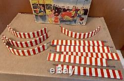 HOCH & BECKMANN BUMPER CAR Tin Litho Toy Autoscooter Track Wind-Up Anni 50