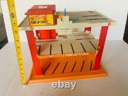 Hot Wheels Tune Up Tower 1969 Mattel speed brake vtg car toy playset redlines