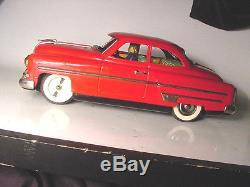 ICHIKO Japan Tin Friction 1953 Pontiac FAT CAR With DRIVER 14 Works perfect