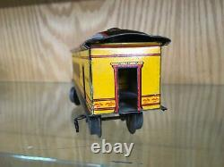 Ives 130 Inboard Truck Combine Car in Yellow with Black Roof c. 1908 EX