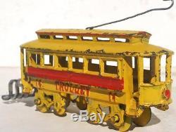 Kenton cast iron train trolley car 14 1905 yellowithred