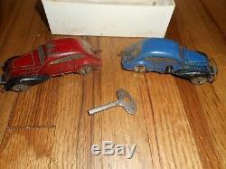 Louis Marx Tin Streamline Speedway w Original Tin Wind Up Cars & Box
