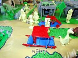 MARX FLINTSTONE PLAYSET ORIGINAL 4672 Box Figures Dinosaur Car Toy Lot Complete