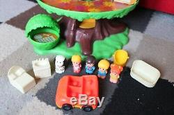 Palitoy FAMILY TREE HOUSE Vintage TOY inc Cars, Figures, Dog, Chairs & Dog House