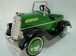 Pedal Car 1920 Chevrolet Hot Rod Rare Vintage Metal Collector READ DESCRIPTION