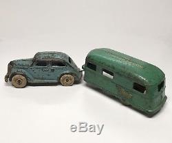 RARE Arcade 1937 Ford Sedan With Covered Wagon Trailer Hubley Kenton Car Cast Iron