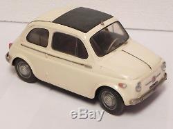 Rivarossi 1/13 Fiat 500 N 1957 auto giocattolo plastica vintage toy car Pocher