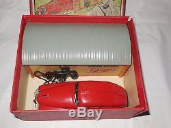 Schuco 1940s 15/175 garage and car gift set