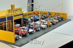 Tomytec TOMICARAMA Vintage 04c Used Car Shop Axel 426 1/64 Diorama Limited Set