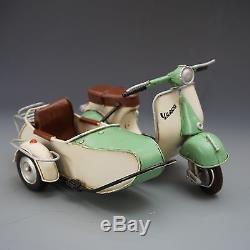 VESPA SCOOTER tin toy tinplate car blechmodell auto voiture tole handmade