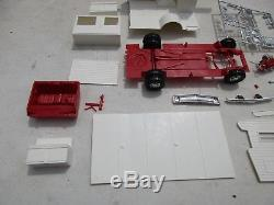 VINTAGE MPC CHEVY OPEN ROAD PICKUP CAMPER GMC Truck 1/25 Model Kit Car Toy Lot
