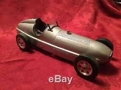 Vintage Quality Gear Driven Tin Wind Up Midget Racer Toy Race Car 11 ½ Long