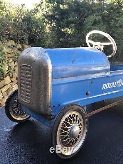 VINTAGE TRIANG'ROYAL PRINCE' CLASSIC PEDAL CAR 1950's original unrestored Rare
