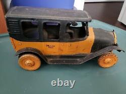 Vintage 1920s Republic Dayton Ohio Pressed Steel Antique Toy Car Yellow Cab Taxi