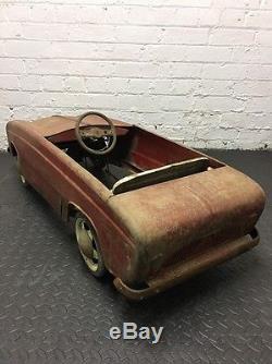 Vintage 1950s Renault Dauphine pedal car