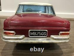 Vintage Japan Friction Tin Toy Car Daiya Mercedes 250S 13 1960s