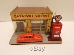Vintage KEYSTONE Masonite & Wood Garage/Service Station withGas Pump & Carca 40s