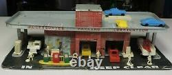 Vintage Marx Tin Litho Gas Station Building & Accessories Pumps Cars Trucks Men