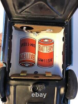 Vintage Taiyo Tin Ford Mustang Very Clean W Box Japan Bump N Go Toy Car Battery