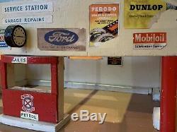 Vintage Toy Garage Model Car Classic 1950s 60s GOODWOOD Wooden Retro 70s Petrol
