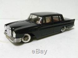 Vintage Toys / 1960'S GAMA MERCEDES BENZ`407 mainspring car