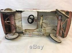 Vintage Triang pedal car FORD (4)