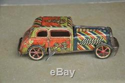 Vintage Wind Up B 157 Litho Car Tin Toy, Collectible