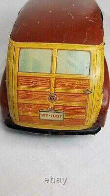 Vintage Wyandotte Pressed Steel Toys Toytown Estate Car Automobile Collectable